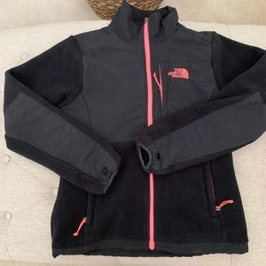 ✅ North Face Black with Pink Trim ZIP Jacket Small